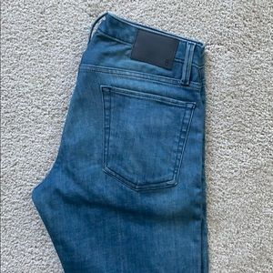 Bonobos Jetsetter Jeans - medium wash slim fit